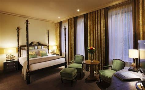 decorating  antique victorian master bedroom interior design