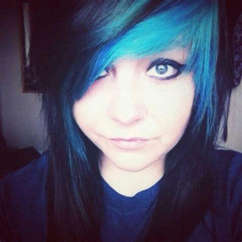Emo Girl Blue And Black Hair Sceneemo Hair Pinterest