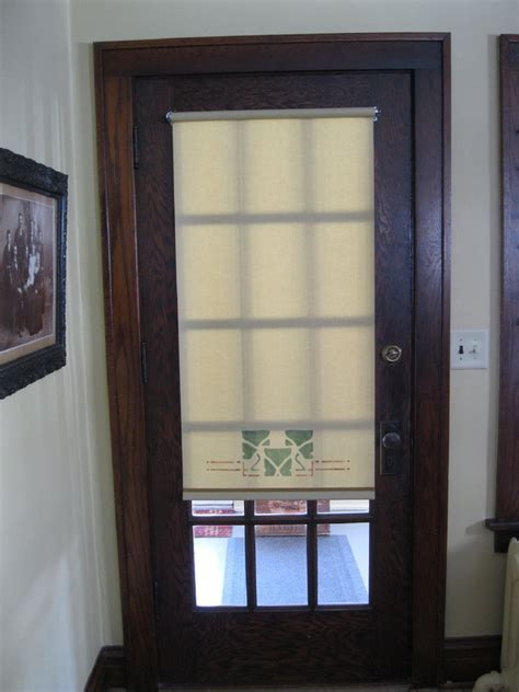 26 Good And Useful Ideas For Front Door Blinds   Interior