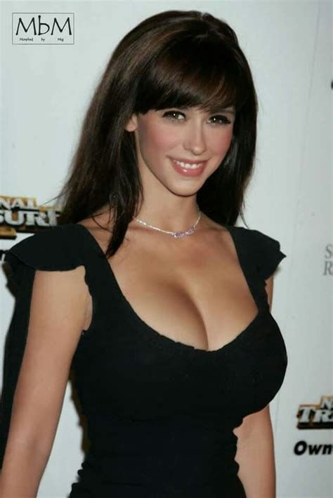 actress similar to jennifer love hewitt business like and beautiful morr quitely sexy hot bod