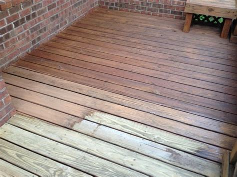 Flood Cwf Deck Stain Colors by Flood 5 Gallon Redwood Cwf Uv Wood Finish Fld421 05 5g