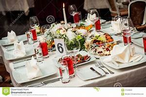 Table A Diner : table setting at restaurant stock image image of arrangement eating 27049829 ~ Teatrodelosmanantiales.com Idées de Décoration