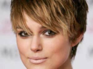 Coupe Courte Visage Ovale : coiffure courte femme pour visage ovale par coiffure visage ~ Melissatoandfro.com Idées de Décoration