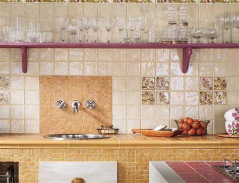 pavimenti  rivestimenti cucina petit maison
