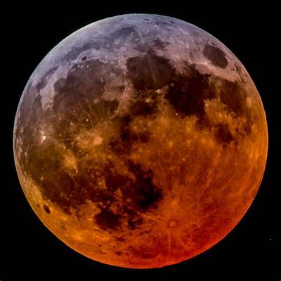 The Lunar Eclipse Wasn't Total After All?! - Sky & Telescope