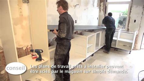 meuble bas cuisine avec plan de travail installer une cuisine et un plan de travail vidéo