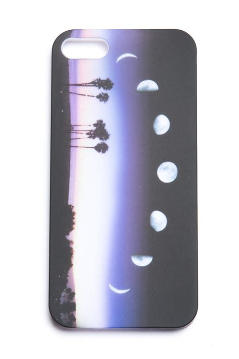 crescent moon iphone melville crescent moon iphone 5 accessories