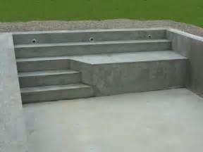 Construction Escalier Piscine Beton by Piscines Traditionnelles Marinal Choisir Son Escalier De