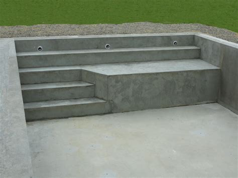 escalier d angle piscine beton piscines traditionnelles marinal choisir escalier de piscine piscines marinal