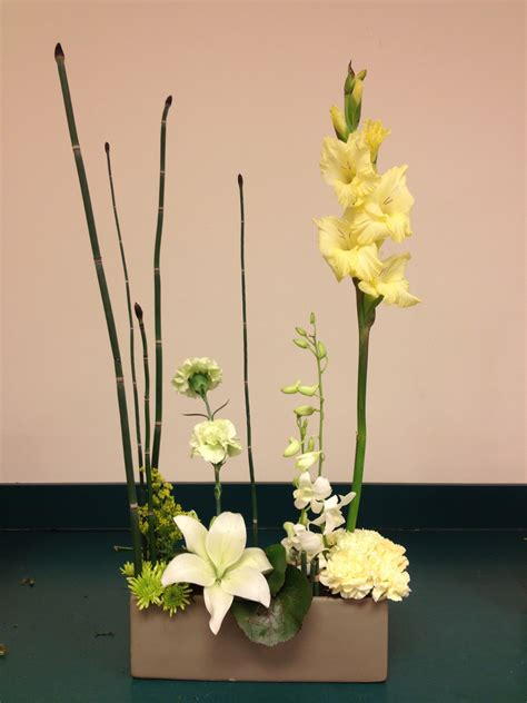 design arrangement basic floral design i roots to blooms