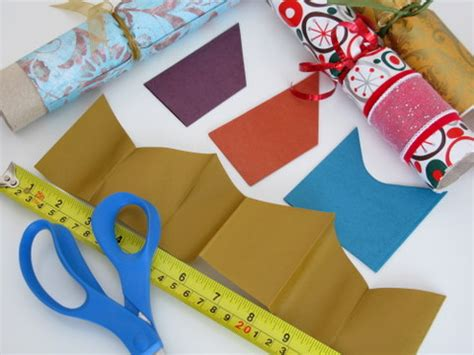 how to make christmas cracker hats how to make your own crackers squawkfox
