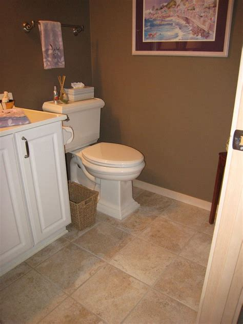 bathroom tile color ideas 25 best ideas about bathroom on pebble