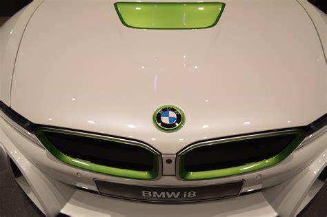 Garage Italia Custom create MemphisStyle BMW i3 and i8 art ...