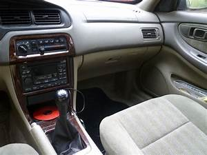 1998 Nissan Altima - Pictures