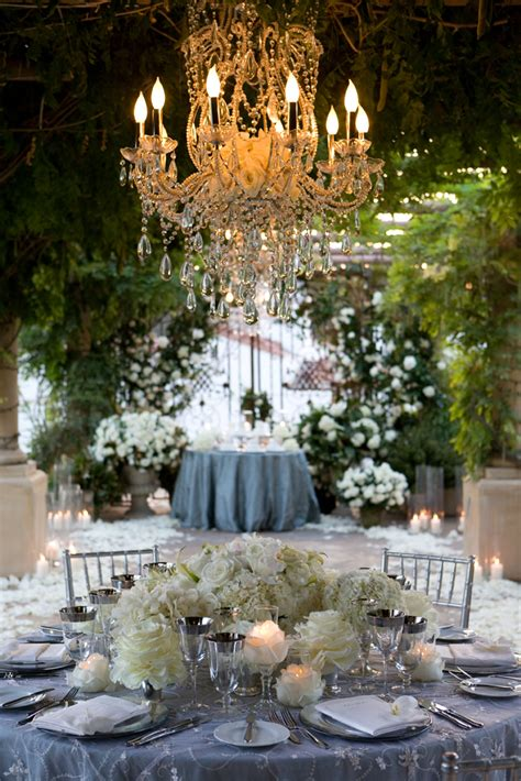 chandeliers extravagant wedding decor
