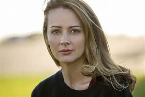 Amy Acker on The Gifted, Mutants, and Person of Interest ...