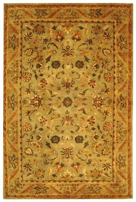 what does safavieh safavieh antiquity at52a and gold area rug free