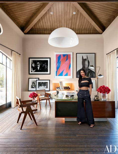 kourtney kardashian shares  stylish