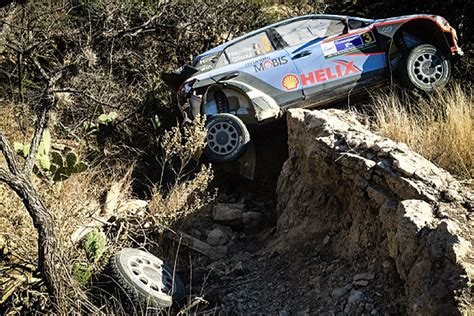 Thierry Neuville Rallye Beinahe Crash by Hyundai Criticises Thierry Neuville For Wrc Rally Mexico