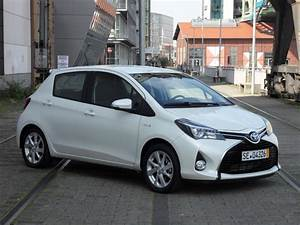 Essai Toyota Yaris : voir en taille r elle 3648 x 2736 ~ Medecine-chirurgie-esthetiques.com Avis de Voitures