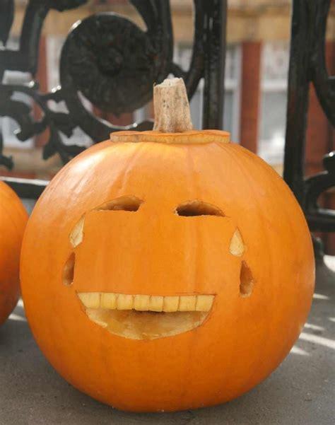 comment decorer une citrouille  halloween garderie