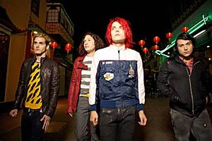 NEWS: MY CHEMICAL ROMANCE ANNOUNCE BREAKUP | Push To Fire