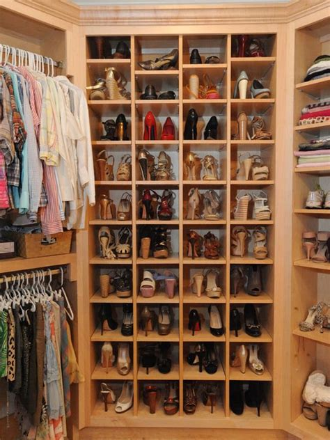 Storing Shoes In Closet by What Look For In A Walk In Closet