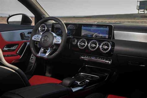 An instant classic when it launched, the cla now surpasses itself with an enhanced design and supercharged intelligence. 2021 Mercedes-Benz CLA-Class Review - Autotrader