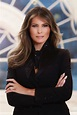 First official portrait of US First Lady Melania Trump ...