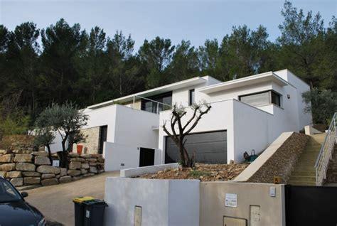 maison moderne sur terrain en pente plan de maison individuelle sur terrain en pente maison moderne