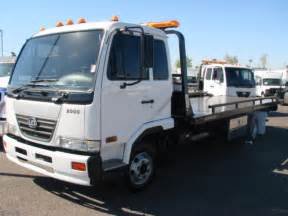 Ud Roll Back Tow Trucks for Sale
