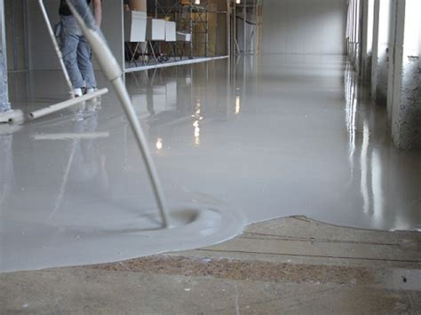 leveling concrete   compacting concrete
