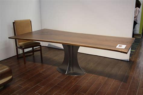designs   metal table legs  stars   show