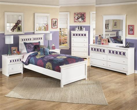 ashley zayley white bedroom set kids bedroom sets