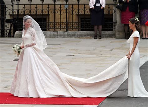 robe mere dela mariee pour mariage intime pippa durv 225 n lenyomta katalin hercegnőt story