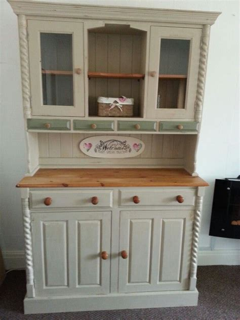 sanding kitchen cabinets 56 best images about sloan chalk paint on 2101