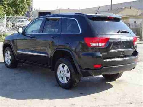 totaled jeep grand cherokee sell new 2011 jeep grand cherokee laredo damaged salvage