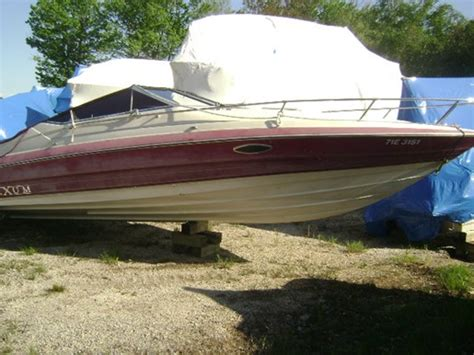 Maxum Boats For Sale In Ontario by Maxum 23 Sc 1990 Used Boat For Sale In Washago Ontario