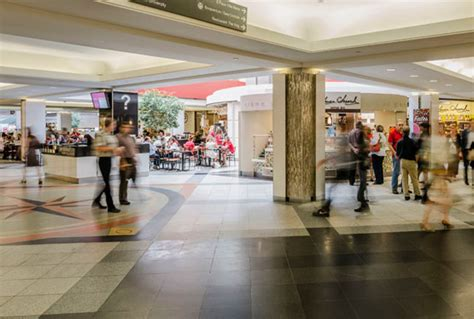 montreal shopping malls  montreal
