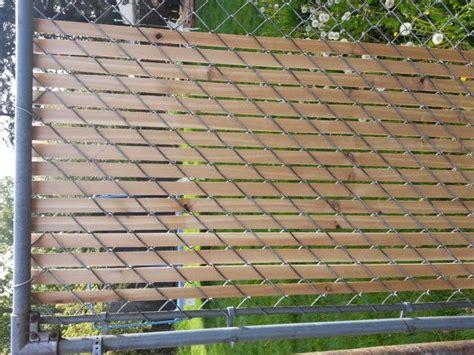Link Fence Weave Bottom Lock