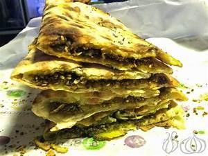 Al Saniour: Manakeesh Worth Trying :: NoGarlicNoOnions ...