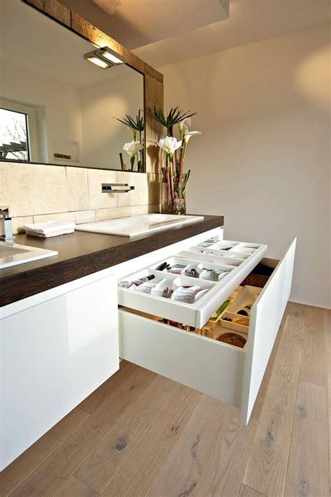 Moderne Badezimmer Schränke by Die Besten 25 Badezimmer Schrank Ideen Auf