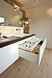 Bilder Moderne Badezimmer : die besten 25 badezimmer schrank ideen auf pinterest badschr nke badschrank und moderne badm bel ~ Sanjose-hotels-ca.com Haus und Dekorationen