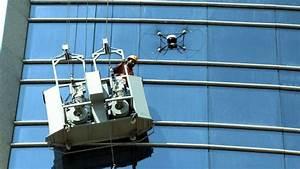 Laveur De Carreaux : un drone la rescousse d un laveur de vitres abu dhabi ~ Farleysfitness.com Idées de Décoration