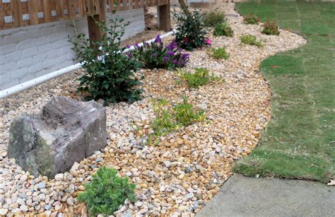 spring landscaping ideas  mulch  stone