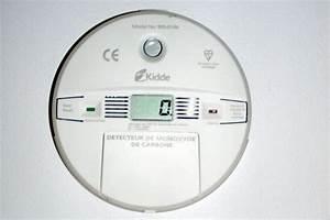 Détecteur De Fumée Monoxyde De Carbone : detecteur monoxyde de carbone ~ Edinachiropracticcenter.com Idées de Décoration