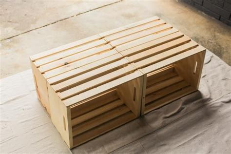 Diy coffee table out of wooden crates | not leia. Make a Mobile Outdoor Coffee Table From Wooden Crates ...