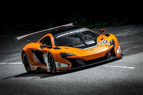 mclaren  gt race car revealed