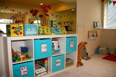 jeux de rangement de la chambre rangement salle de jeux enfant 50 idées astucieuses
