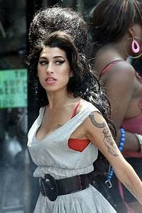 In Memory Of Amy Winehouse: 5 Style Moments We'll Never ...